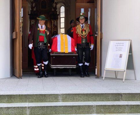Begräbnis unseres Schützenkuraten Johannes Peter Schiestl