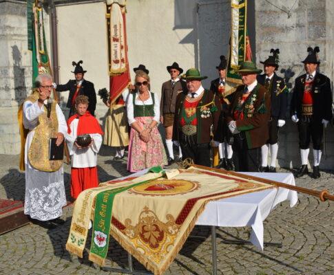 Fahnenweihe und Maria-Himmelfahrts-Prozession 15. August 2021
